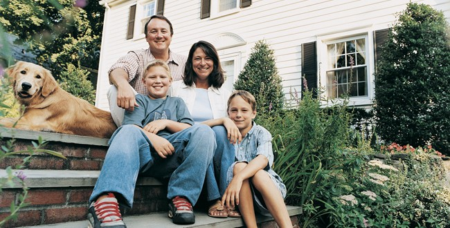 Home_Security_Family-650x330